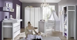 Baby uitzetlijst alles wat u nodig heeft bij de geboorte van uw baby